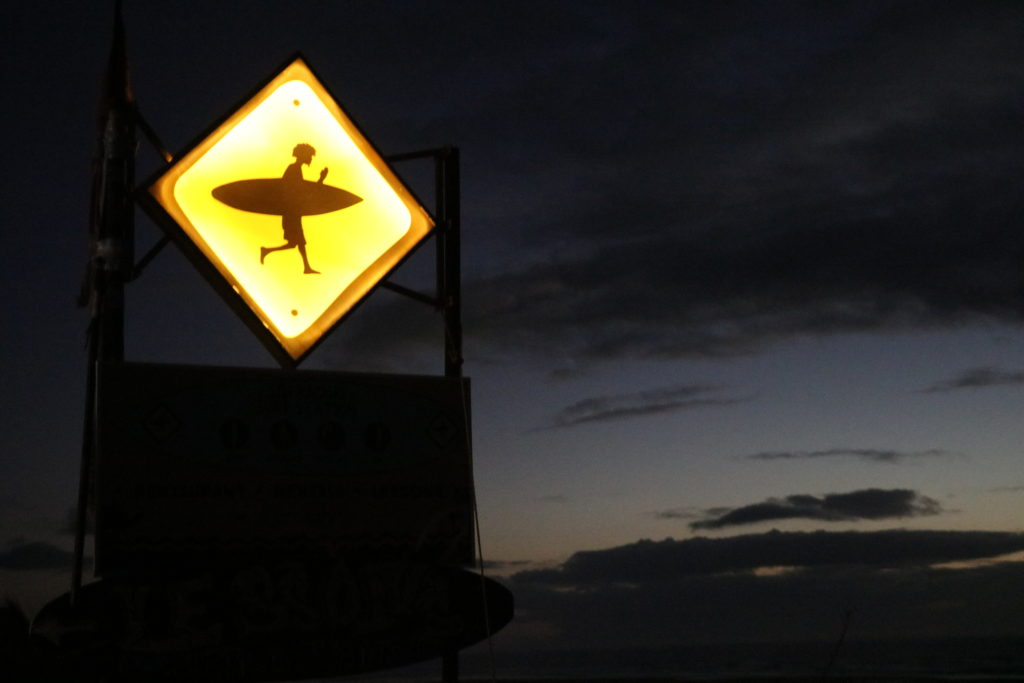 サーフィン看板